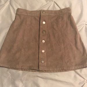 LIKE NEW Tan suede Express mini skirt